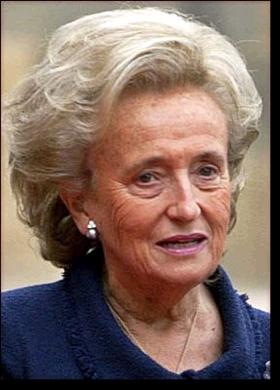 http://www.age-des-celebrites.com/photos/C/bernadette-chirac.png